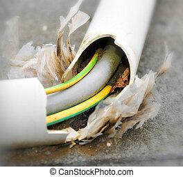 Maintenance of an damaged power cord