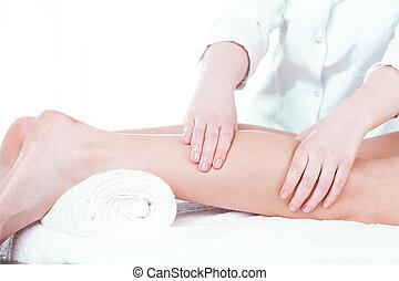 dame, avoir, masage, jambe