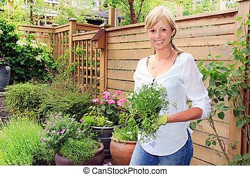 dame, jardinier