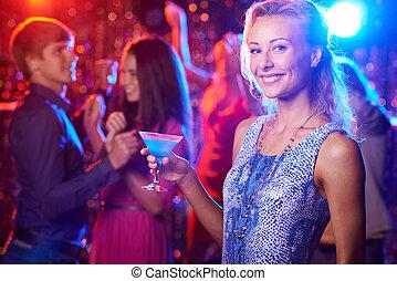 dame, mit, cocktail