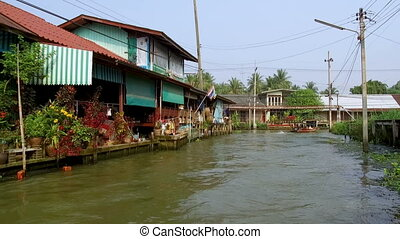 Damnoen Saduak Floating Market is a floating market in Damnoen Saduak District, Ratchaburi Province, about 100 kilometres southwest of Bangkok, Thailand. 19th of January 2020