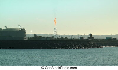 damping oil gas flare in refinery
