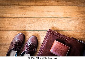 damski, fason, z, skórzana torba, portfel, i, obuwie, na, drewniany, tło.