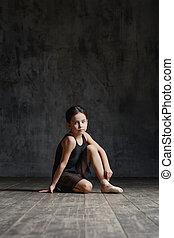 dança, bailarina, menina, posar, estúdio