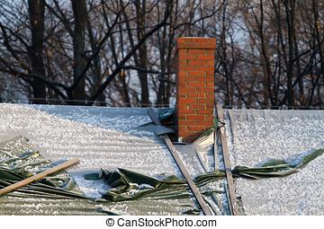 danaged, gescheurd, tarps, sneeuw, dak