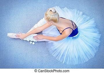 dancer in tutu