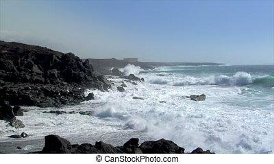 dancing waves coastline time lapse