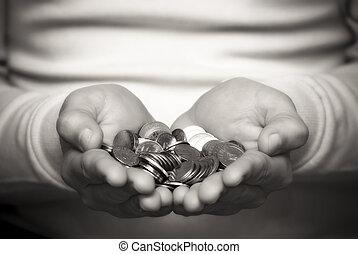 dando denaro