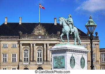danemark, palais amalienborg, copenhague