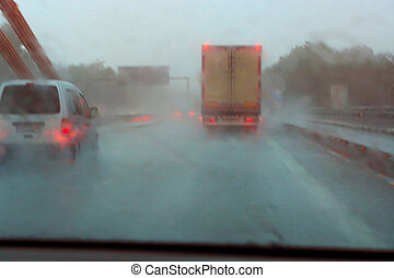 Severe weather on the highway - Danger of a traffic jam in...