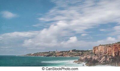 Dangerous ocean waves crash into cliff, Devil Mouth (Boca do...