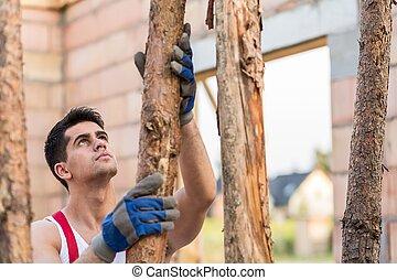Dangerous work at building site