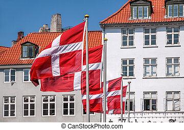 danois, drapeau ondulant