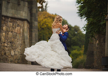dans, bruidegom, herfst, bruid, buitenshuis, trouwfeest