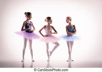 danse, ballerines, peu, studio, trois