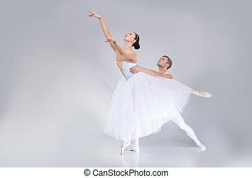 danse ballet, danseurs, jeune, practicing., agir, interprètes, deux, étape, séduisant