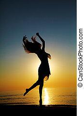 danse, coucher soleil