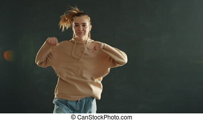 danse, femme, mouvement, gris, lent, jeune, intérieur, beau, fond
