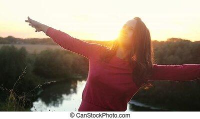 danse lente, mouvement, femme, dehors, pendant, heureux, joyeux, 1920x1080, sunset.