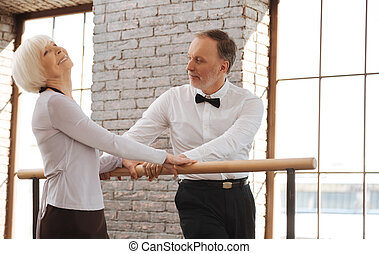 danse salle bal, danse, couple, personne agee, joyeux