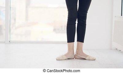 danseur, pratiquer, danse, mouvement, jambes