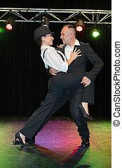 danseurs, rétroéclairage, scénario