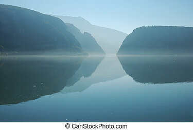 Danube river and the Cazanele (Kazan) gorge. A natural border between Serbia (left) and Romania (right).