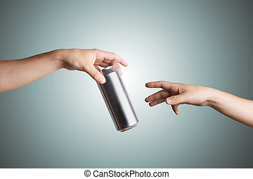 dar, mão, pessoa, cerveja pode, outro, macho