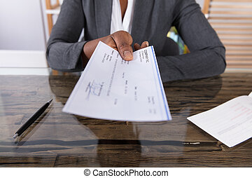 dar, mano, humano, cheque