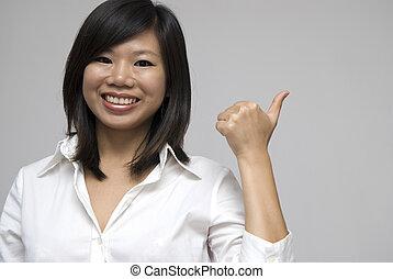 dar, polegares cima, asiático, sorrindo, mulheres