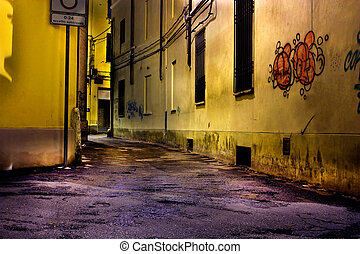 dirty corner - dark alley at night, dirty corner of street ...