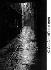 Dark alley in Venice - Dark alley in the rainy streets of...