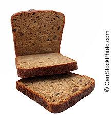 dark brown rye sliced bread isoalted on white