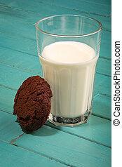Dark Chocolate Cookies With Milk