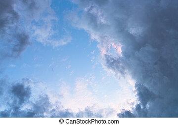 dark grey autumn clouds