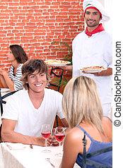 data, pizzeria., para, młody