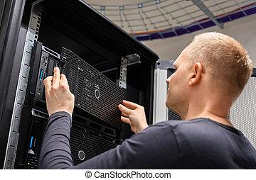 datacenter, לעבוד, יועץ, זה, שרתים, גדול, מפעל