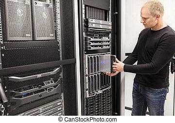 datacenter, berater, blatt, ihm, server, groß, installieren