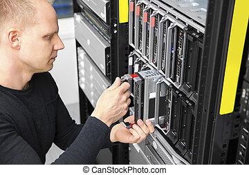 datacenter, berater, blatt, ihm, server, installieren