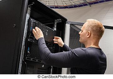 datacenter, ingénieur, il, fonctionnement, serveurs