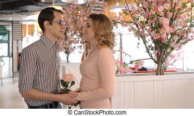 date, couple, heureux, romantique, jeune