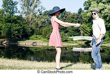date, couple, parc, séduisant