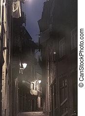 Dawn in old Oporto
