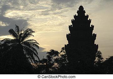Dawn in Phnom Penh - Silhouette of temple in Phnom Penh