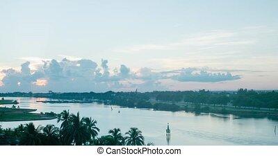 Dawn in the resort of Varadero Timelapse
