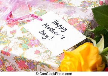 """day!"""", cadeau, mère, lit, étiquette, """"happy"""