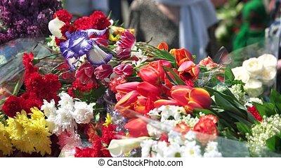 day., commémoratif, fleurs, homme