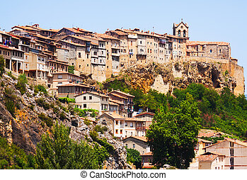 houses on rocks in Frias. Burgos - Day view of houses on ...