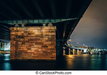 dc., pont, sur, potomac, washington, rivière, nuit