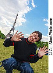de, のまわり, パリ, eiffel), エッフェル, 笑い, 旅行, 冗談を言う, チャンピオン, ティーネージャー, 火星, 前部, タワー, 遊び, (la